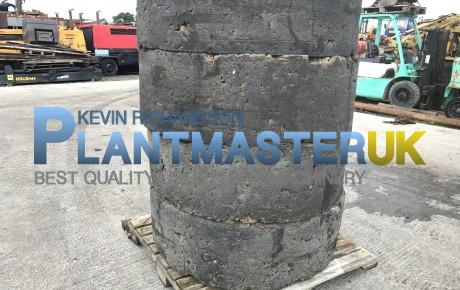 Solid 1600×25  wheels a tyres to suit CAT 938 | uk plant traders