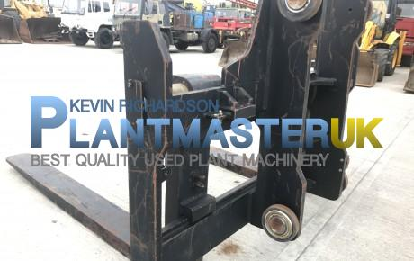 Forks and Carraige to suit 25 ton forklift unused | uk plant traders