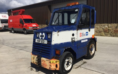 Electric car diesel tug | uk plant traders