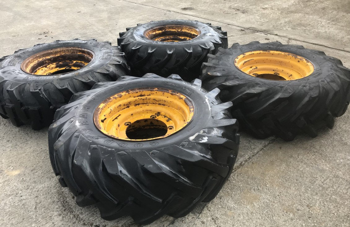 JCB Telehandler Wheels and tyres ,24 inch for sale| Plantmaster UK