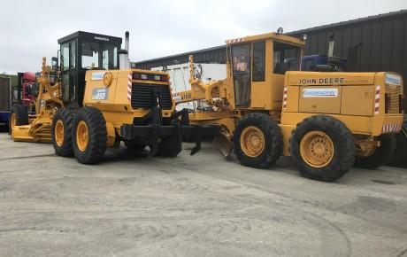 John Deere 670 motor grader ( same size as CAT 140 | uk planttraders.com