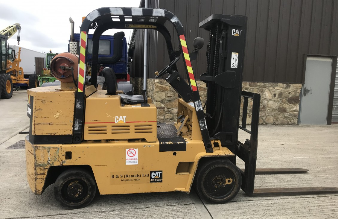 Cat C90 4.5 ton compact space saver forklift | Plantmaster UK