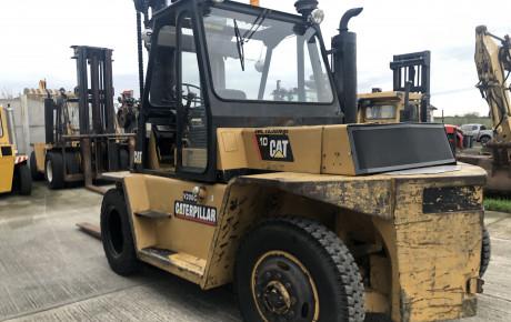 CAT V200C 10 ton diesel forklift | uk planttraders.com